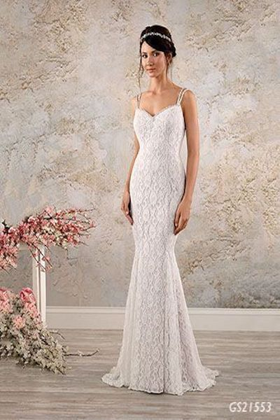 Fitted shillouet lace wedding dress - Geraldinne Style - Sydney Hornsby - GS21553